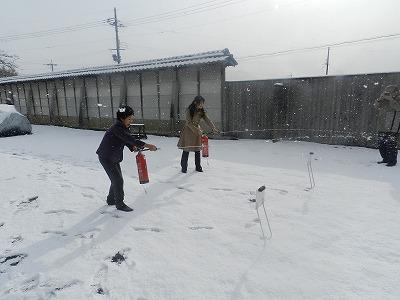 コヤノ美術館関係者による初期消火訓練
