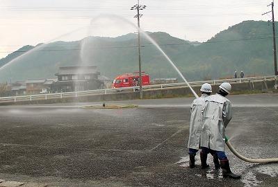 出火場所への中継送水