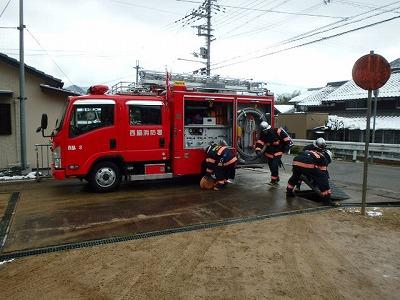 消防隊による消防訓練