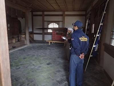 警防査察(法幢寺)