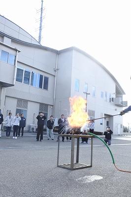 てんぷら油火災の消火実験