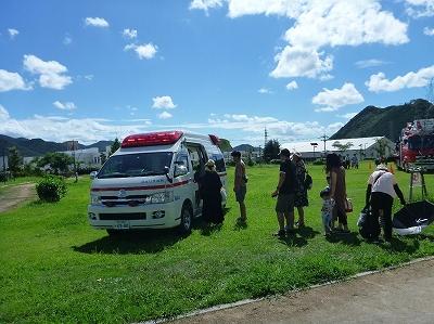 救急車の車内や装備品の見学