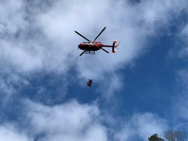 兵庫県消防防災航空隊による降下